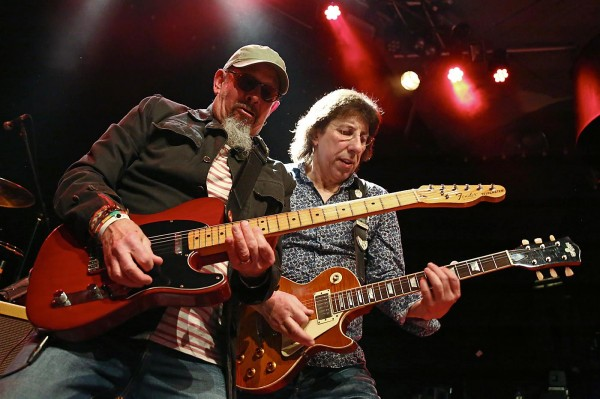 CHRIS THOMPSON & SIGGI SCHWARZ BAND - mit den Hits von MMEB, Soul & Woodstock Klassiker